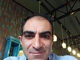 Vazgen из Еревана знакомится для серьёзных отношений