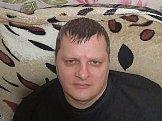 Владислав из Екатеринбурга знакомится для серьёзных отношений