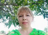 Анна из Оренбурга знакомится для серьёзных отношений