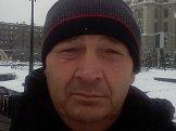 Виталий из Харькова знакомится для серьёзных отношений