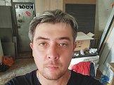 Евгений из Уральска знакомится для серьёзных отношений