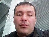 Акмал из Астрахани знакомится для серьёзных отношений