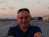 Виктор из г. Кировское знакомится для серьёзных отношений
